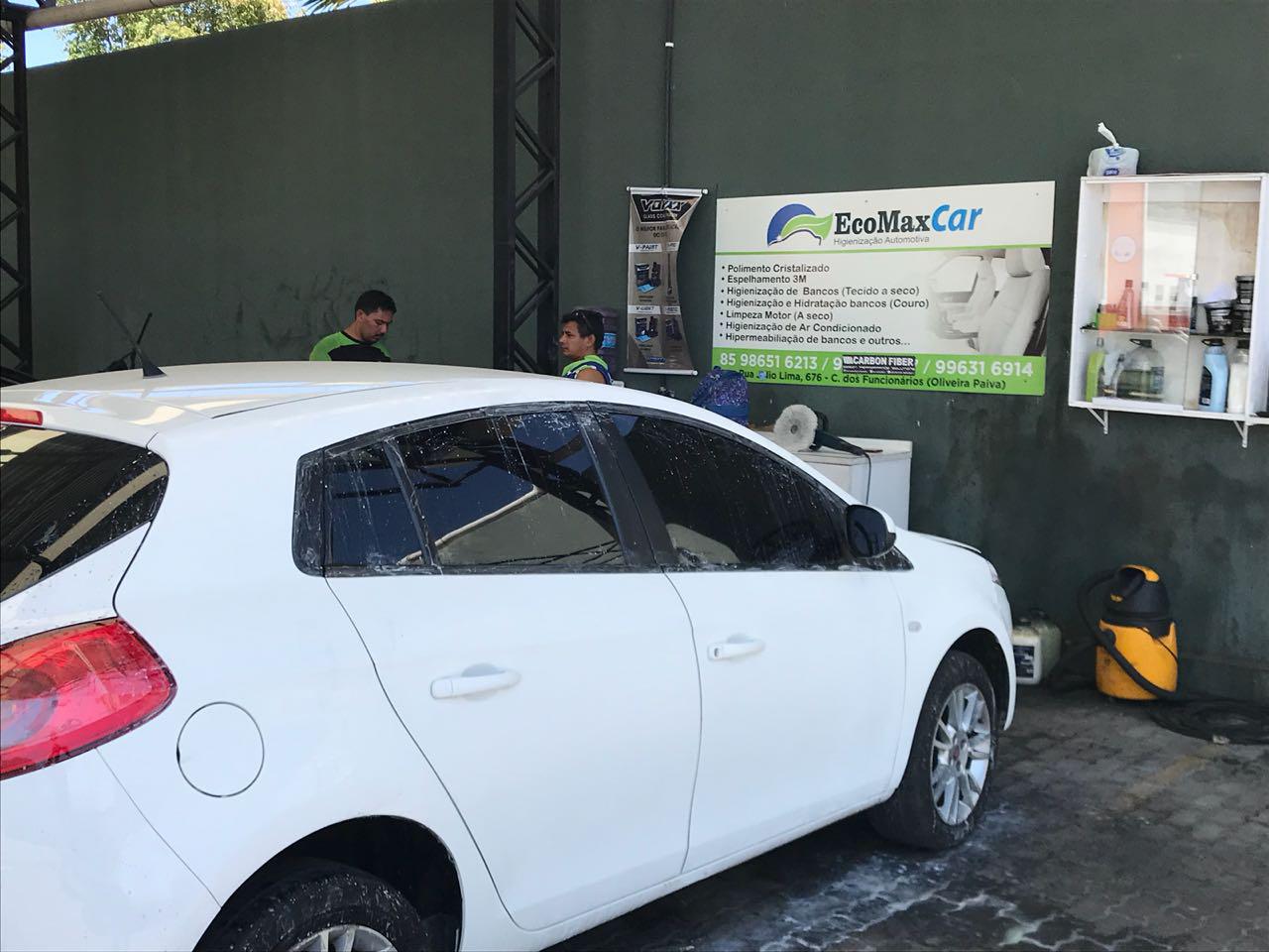 Lavagem externa, aspiração, aromatização, hidratação nas partes plásticas e higienização do ar-condicionado de R$70 por apenas R$18,90