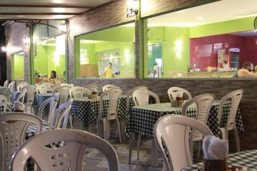 Rodízio de Esfihas, Pizzas e Massas para 1 pessoa por apenas R$27,99