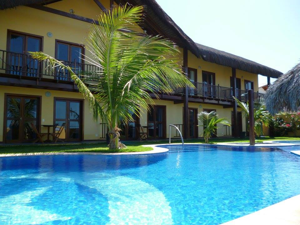 RELÂMPAGO: 2 diárias para 4 adultos e 1 criança em Chalé Duplex por apenas R$399
