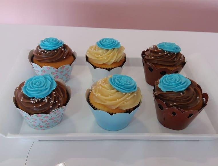 Perfeito para qualquer ocasião! 20 Mini Cupcakes ou 20 mini Brownies na Boutique do Chocolate de R$60 por apenas R$39