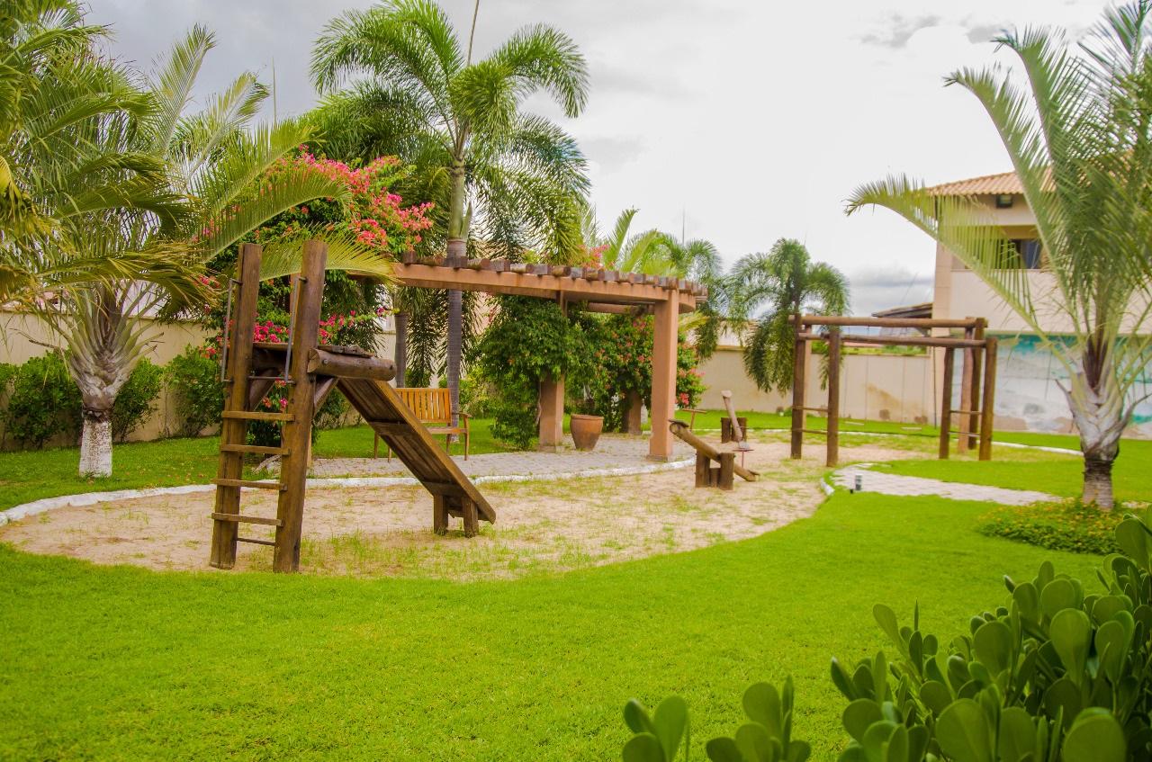 Vale das Pedras, em Quixadá nas férias! 2 diárias para 2 adultos e criança em quarto premium (Vista Piscina) + café da manhã por apenas R$329