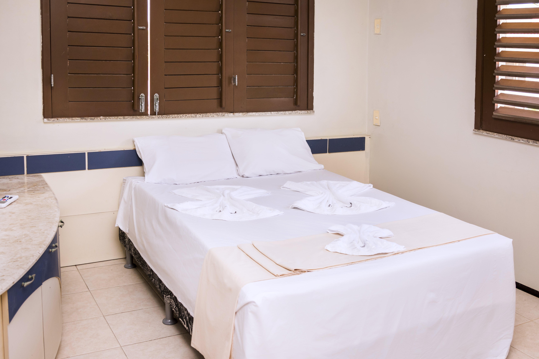 1 diária (semana) em quarto térreo para 2 adultos + café da manhã de R$250 por apenas R$179