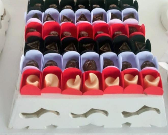 50 chocolates finos em caixetas individuais de R$40 por apenas R$29,90