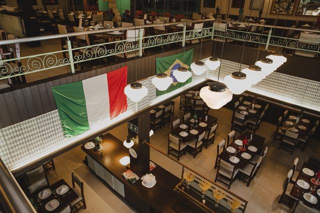 Uma delícia em um local charmoso e confortável! Pizza Grande (8 fatias) de R$39,90 por apenas R$29,90 na Cantina di Napoli