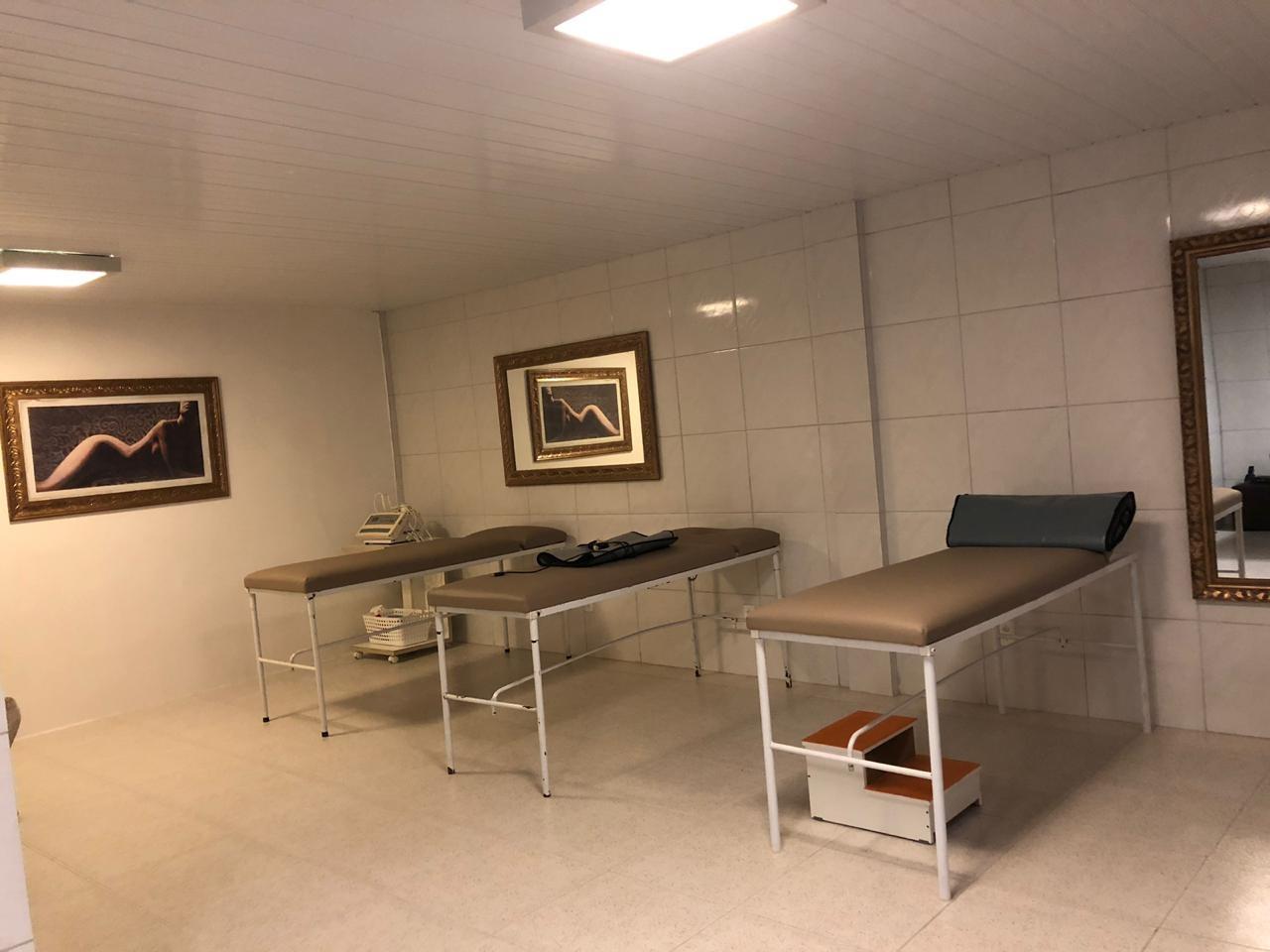 Sessão 1 área de Criolipólise + 3 sessões de cavitação de alta potência + 3 drenodetox + 6 massagem modeladora + 6 bambuterapia + 6 drenagem linfática por apenas R$79 na Personale