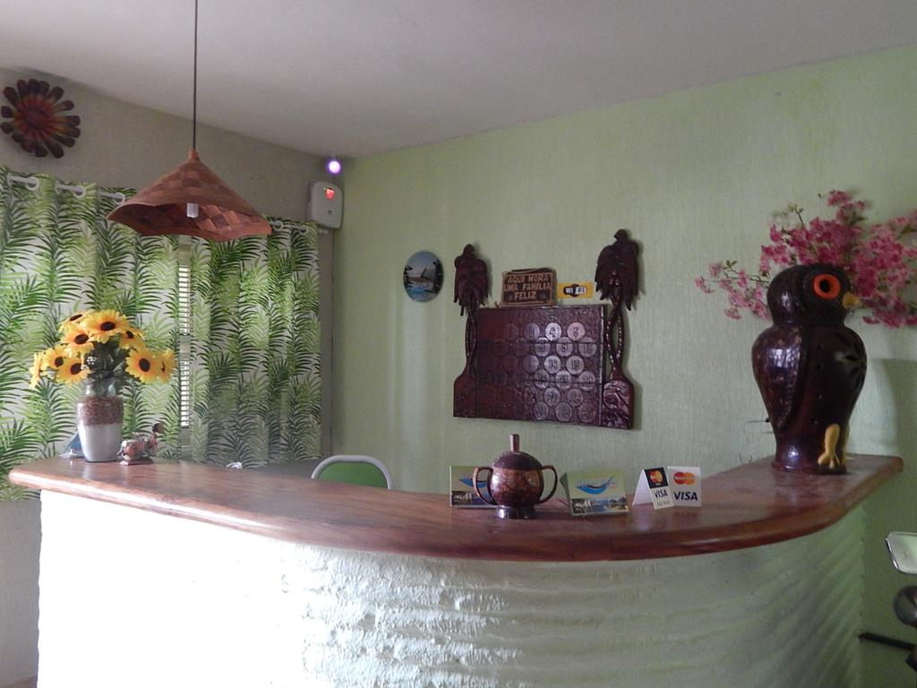 Vista incrível para o Rio e Mar! 2 Diárias para 2 Adultos com café da manhã de R$500 por apenas R$299 na Pousada Águas Belas Paraíso.