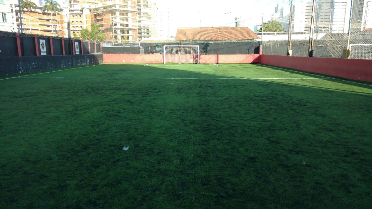 Faça a festinha do seu filho com futebol no Best Soccer! Aluguel de Salão para até 50 convidados, com Mesas e Cadeiras, Cozinha de apoio e Campo de Futebol de R$800 por apenas R$599 em até 4x sem juros.