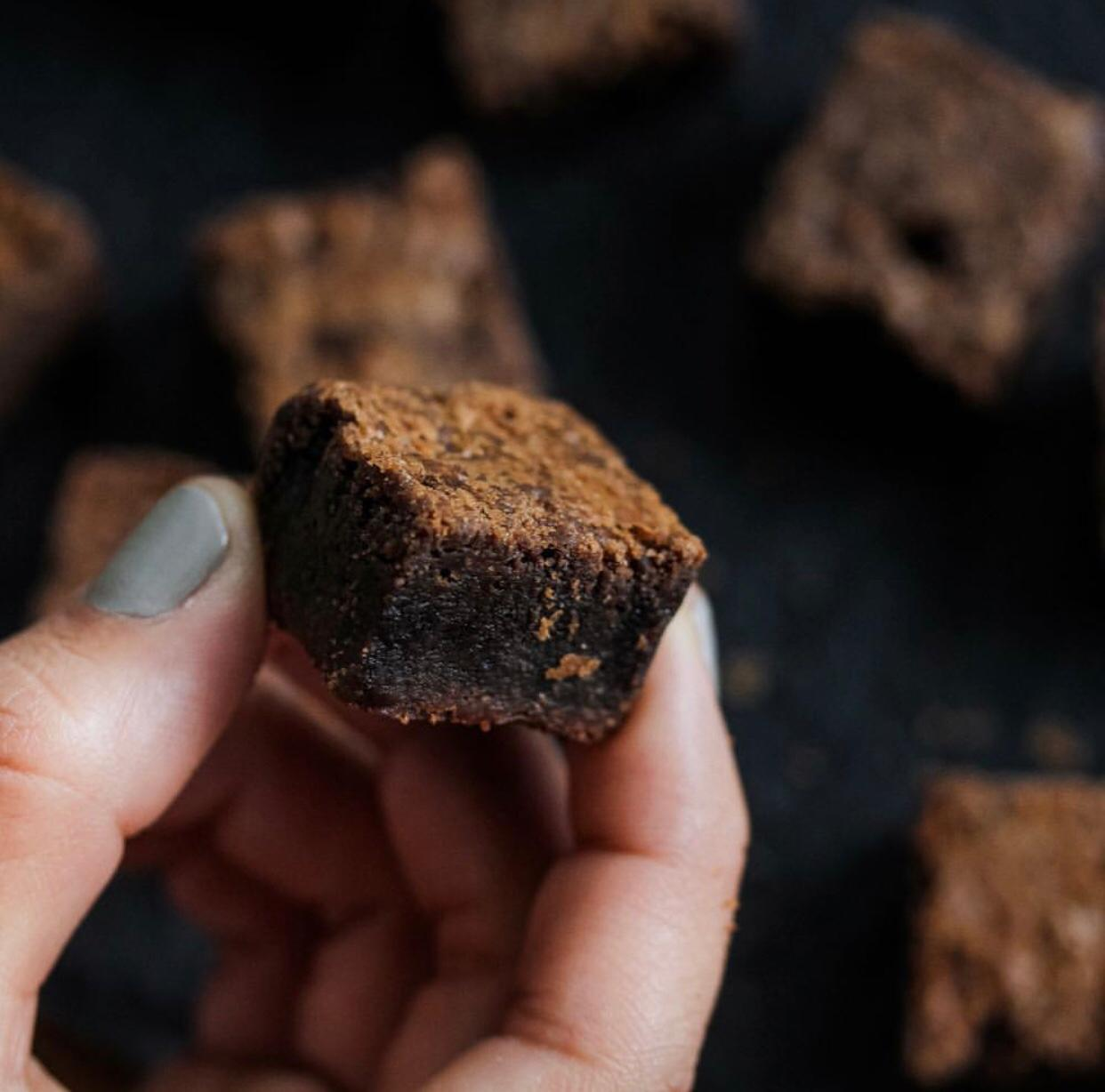 #BlackFriday - 50 mini Brownies de R$75 por apenas R$50 na Pecaderia