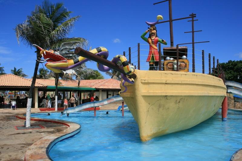#9AnosBarato ☆ - Ingresso Adulto e 1 criança até 6 anos de R$120 por apenas R$29,90 no Ytacaranha Park!