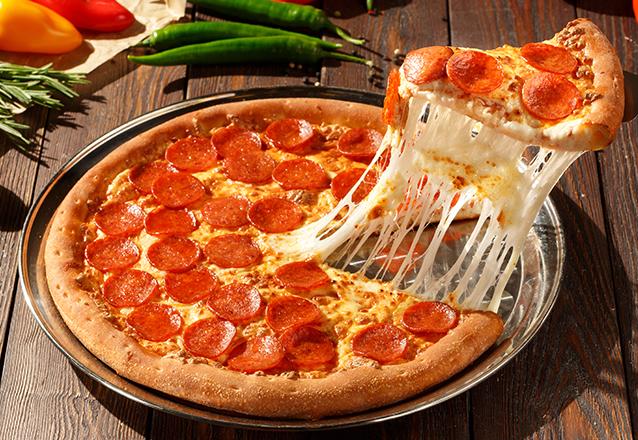 Rodízio de pizza R$ 19,90 por R$17,90 (somente sexta-feira)