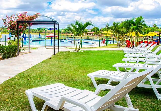 Venha se divertir no Itapark! Acesso ao clube para 2 adultos e 2 crianças até 8 anos + Almoço de R$99,90 por apenas R$39,90