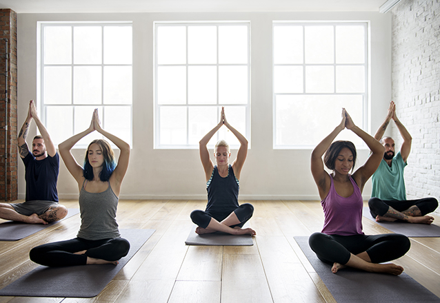 Exclusivo #BlackFriday ☆ - 04 Aulas de Yoga na Santo Pilates por apenas R$120!
