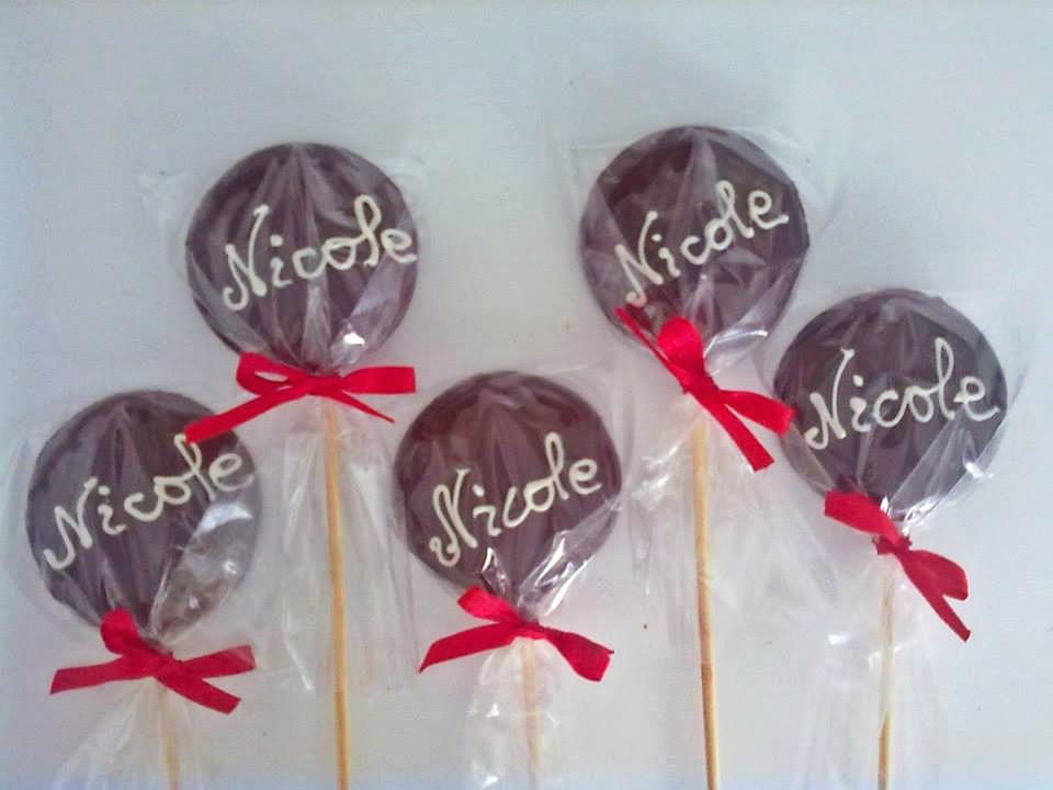 Kit Mesa de Chocolate com 85 Itens Finos de R$115 por R$65