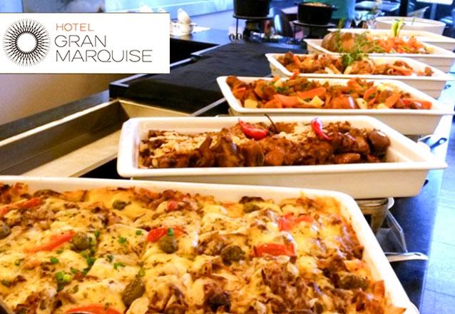 Restaurante Mucuripe, do Hotel Gran Marquise de volta ao Barato, com um super buffet de comidas nordestinas aos domingos! Buffet Sabores do Brasil livre para 1 pessoa no  de R$78,10 por apenas R$47