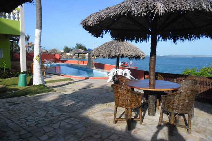 Aproveite o Carnaval na linda Praia de Águas Belas! 4 Diárias no Carnaval (Check-in dia 21) para 2 pessoas + café da manhã de R$1.500 por R$1.299