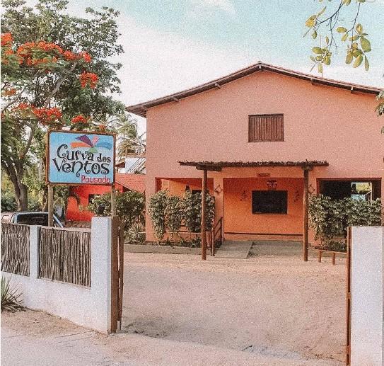 2 diárias (domingo à quarta) em Suíte para 2 adultos + café da manhã de R$460 por R$368
