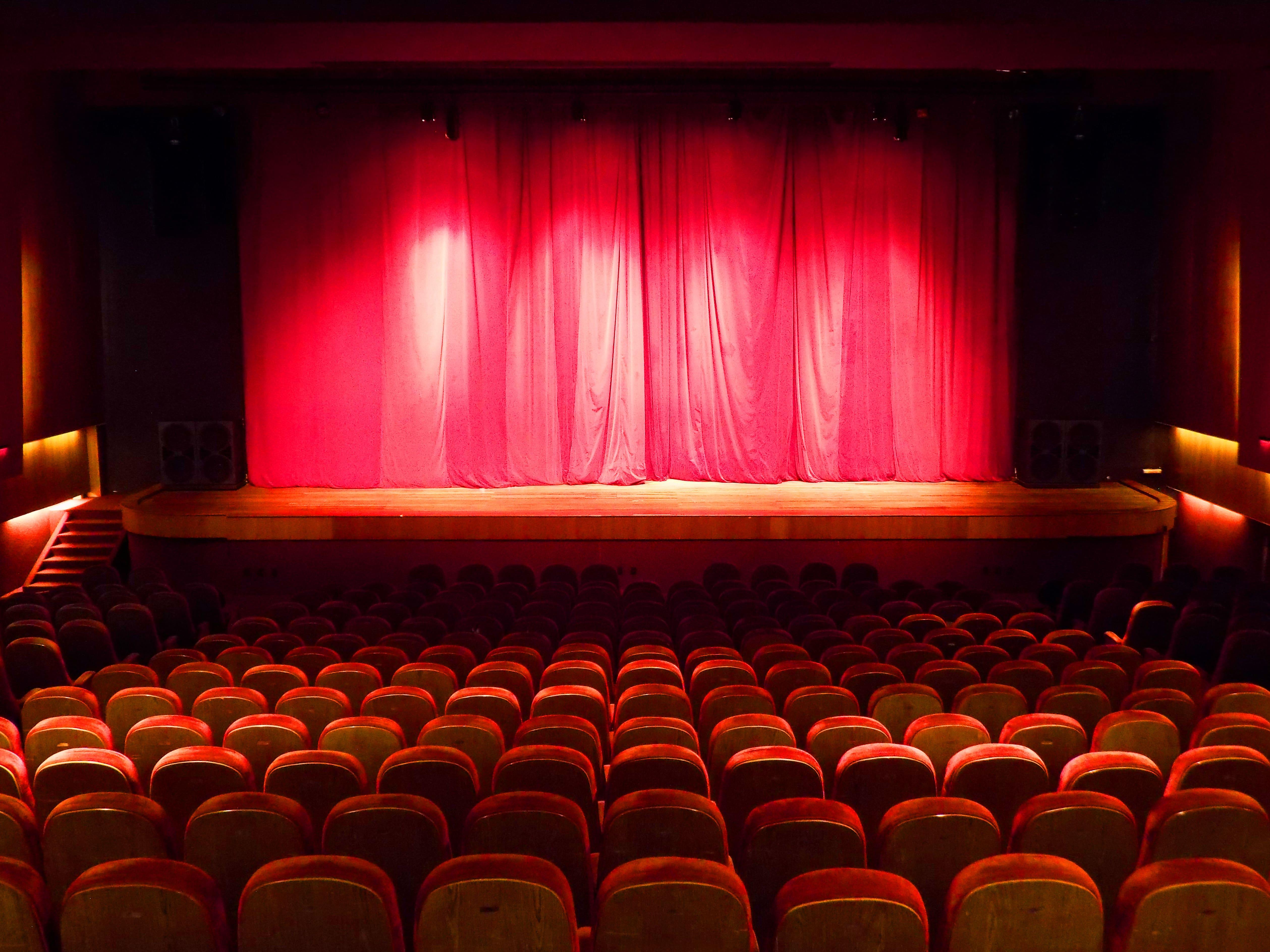 """Ingresso Inteira Plateia Alta para o espetáculo """"Pinóquio"""" dia 08/03 às 17h de R$40 por apenas R$18,40 no Theatro ViaSul"""