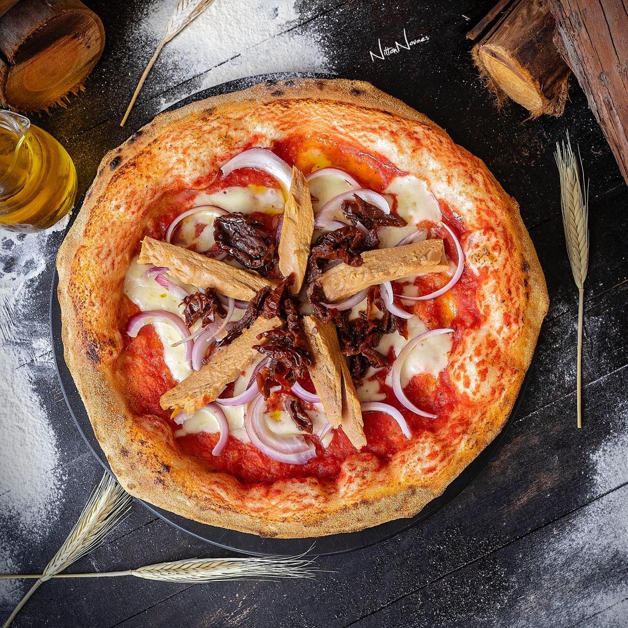 2 Pizzas Grandes da linha Economy de R$71,40 por apenas R$49,70