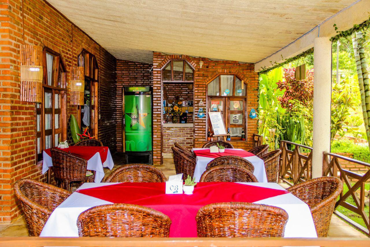 Mulungu, na Serra de Guaramiranga, nunca foi tão bom! 2 Diárias (check-in de quinta a sábado) na suíte completa com varanda para 2 Adultos e Criança + café da manhã de R$500 por apenas R$399