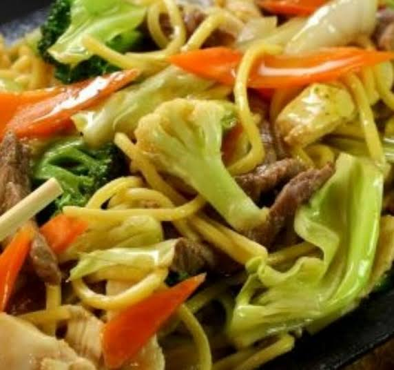 Yakisoba Vegetariano de R$14,99 por apenas R$10,99