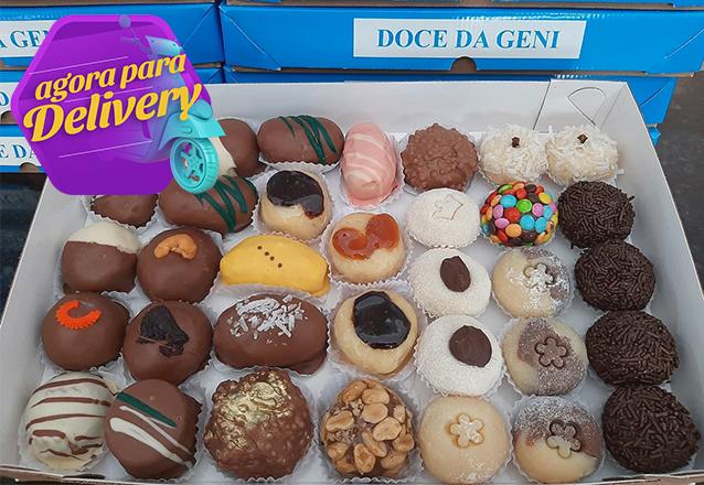 Caixa com 35 doces (sabores à sua escolha) de R$105 por R$78 com a Doce da Geni. Válido para Delivery!
