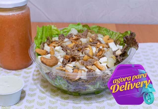 Salada Fusilli ao Pesto + Suco de laranja de R$26 por R$19,90