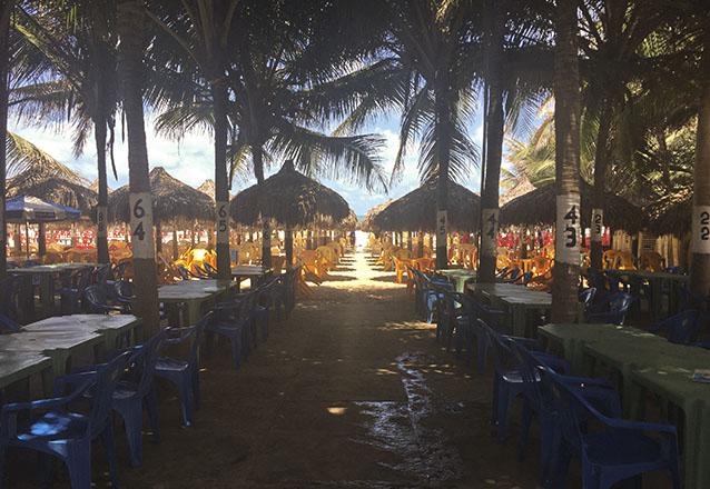 O melhor da praia para você! 01 Tilápia completa acompanha baião e batata + 01 Caipirinha por apenas R$44,90 na Barraca Diferente Beach