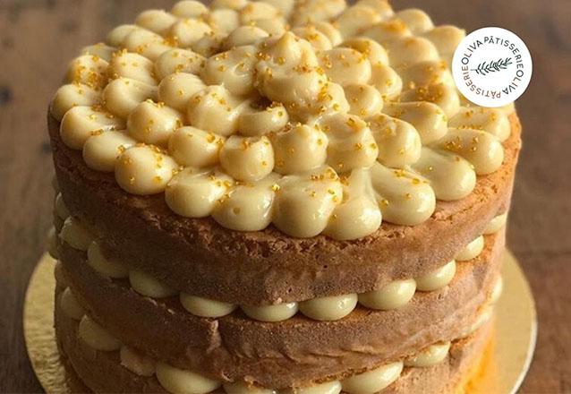 Sua festa completa na Oliva Pâtisserie! 1 Naked Cake Pequeno (serve 10 pessoas) + 50 docinhos + 6 cupcakes decorados de R$111 por apenas R$94,90