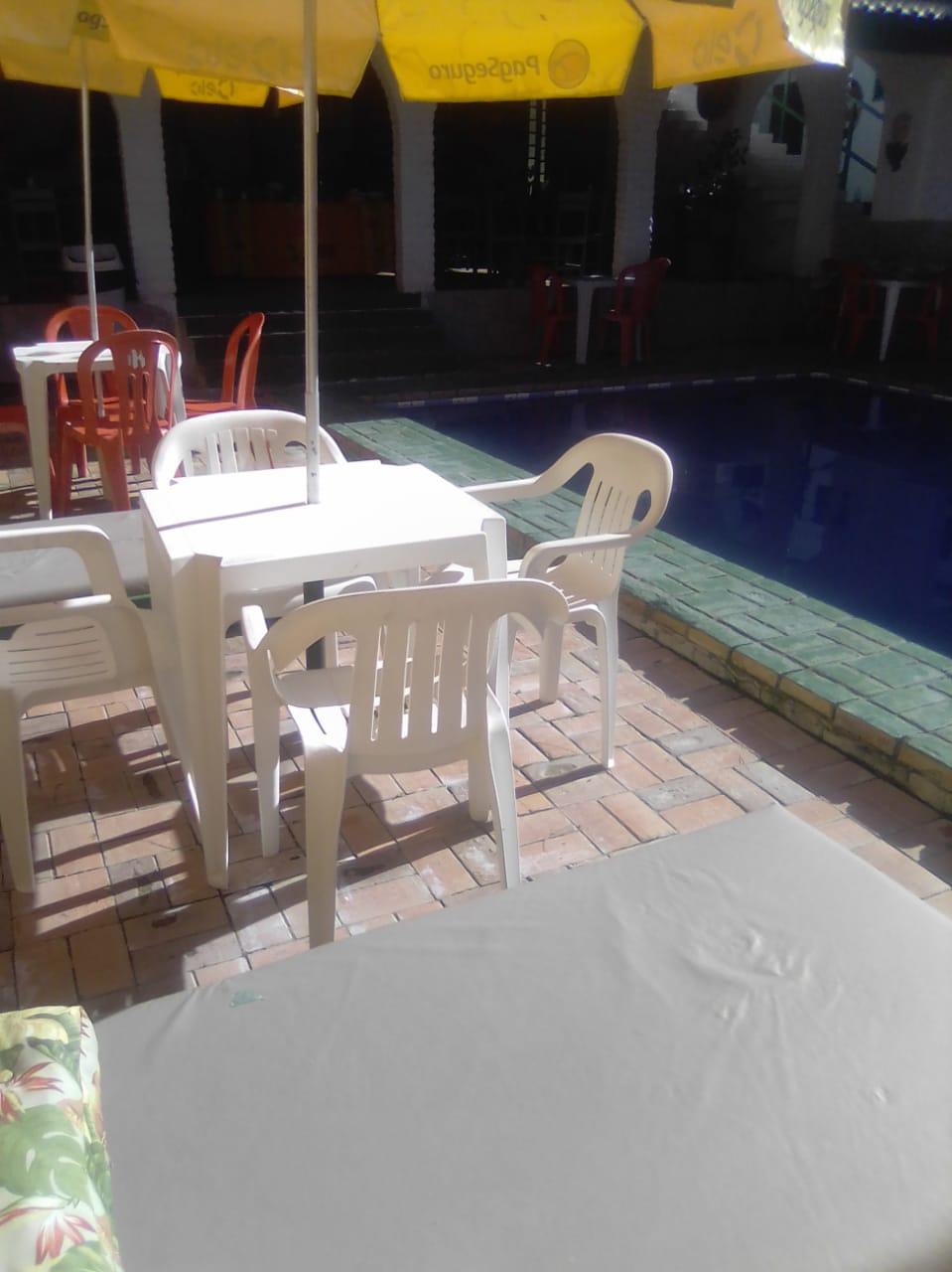 1 Diária em apartamento standard (check in na sexta ou sábado) para 2 adultos e 1 Criança de até 12 anos + Café da Manhã de R$200 por apenas R$99,90