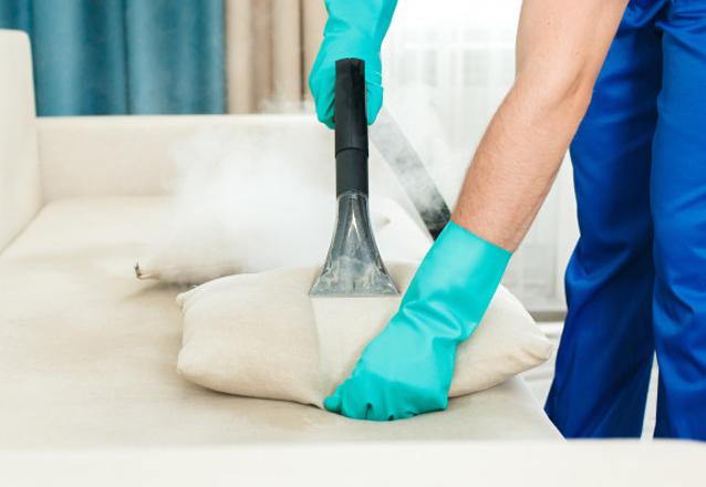 Higienização de 2 poltronas ou 1 colchão de solteiro simples ou 1 cama box de solteiro de R$69,90 por R$ R$39,90