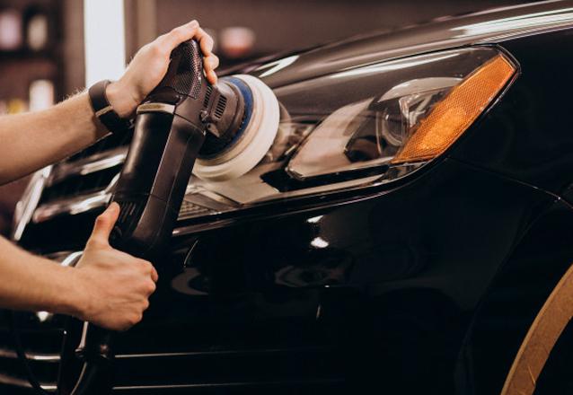 Cuidando do seu carro sem sair de casa! Polimento Cristalizado (remove micro arranhões) + Aspiração + Gel nas partes plásticas + Polimento dos faróis + Higienização do ar-condicionado GRÁTIS para os 100 primeiros compradores de R$170 por R$60