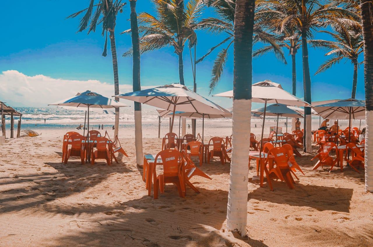 Um Almoço incrível na Praia do Futuro! Tilápia Frita completa com Baião, salada e batata frita ou macaxeira de R$79,90 por apenas R$39,90 na Barraca Beach Prime