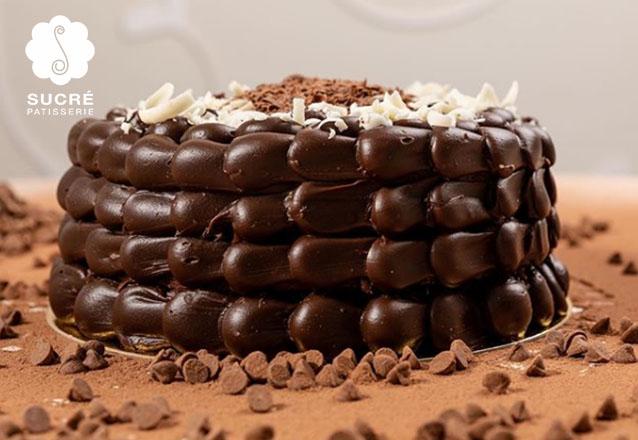 01 Torta Brownie (recheada com o delicioso Brigadeiro da Sucré, ideal para os apreciadores do famoso Brownie), serve de 20 a 25 pessoas de R$165 por apenas R$89,90