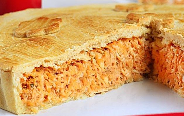 01 Torta Doce para 20 pessoas + 100 Salgados variados + 01 Refrigerante 2 Litros de R$160 por apenas R$89,99
