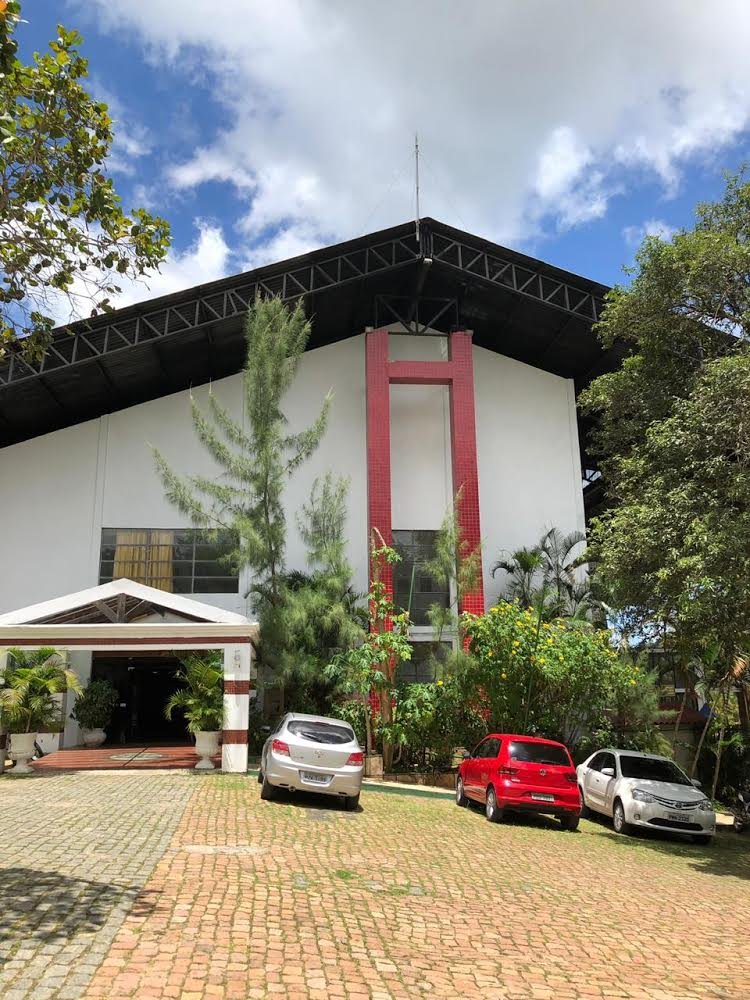 Viajar com a família combina com o Ytacaranha Hotel de Serra na Serra da Meruoca! 2 diárias para casal e 2 crianças + café + Jantar + Parque Aquático + Sessão de cinema de R$760 por R$399. A validde foi estendida!
