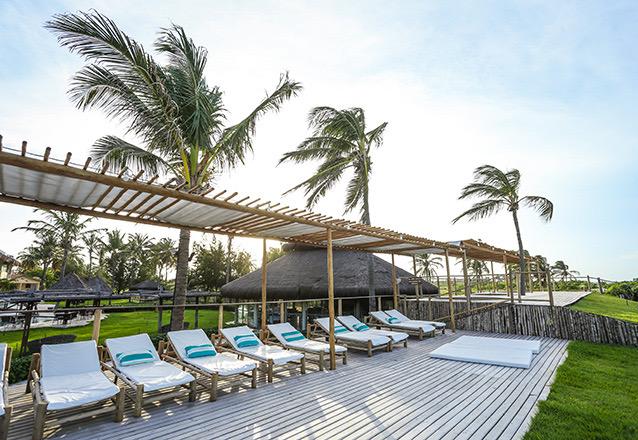 Todo o luxo da Praia de Tremembé em Icapuí! 2 Diárias em Apartamento Luxo Superior (semana) para 2 adultos e 1 criança  (de até 6 anos) com café da manhã por R$389 no Hotel Casa do Mar