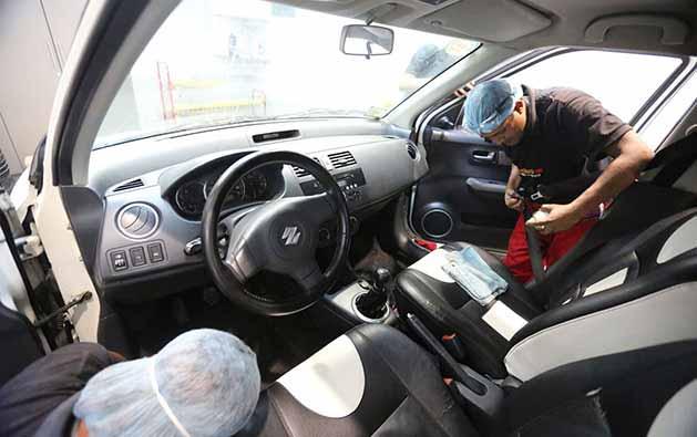 Polimento com Auto Brilho e Proteção + Aspiração + Higienização para remoção de resíduos no painel + Higienização Interna + Hidratação dos Pneus de R$90 por apenas R$19,90