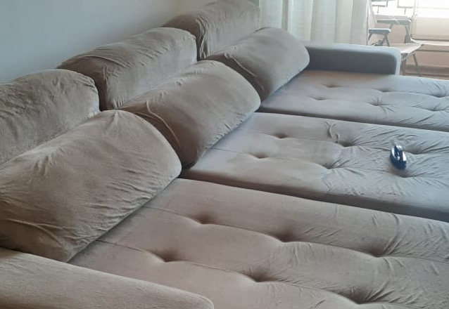 Lavagem de estofados até 3 lugares (tamanho padrão) ou cama box solteiro ou colchão solteiro ou conjunto de até 4 cadeiras de mesa de jantar de R$120 por apenas R$27,90