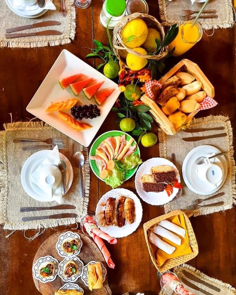1 diária na semana para 2 adultos (domingo a quinta) + café da manhã + 50 reais de crédito no restaurante de R$340 por apenas R$290