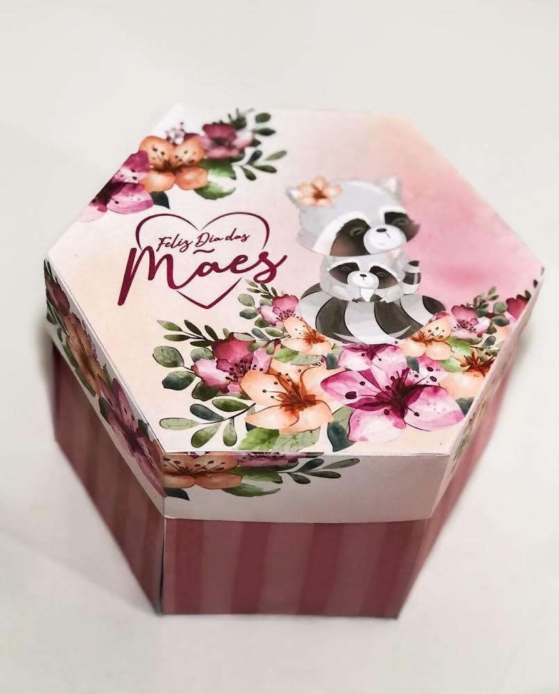 O dia das Mães com um sabor incrível e o toque especial do brigadeiros da Dedeth! Caixa supresa com 1 naked + frases especiais de R$80 por apenas R$40. Válido para Delivery!