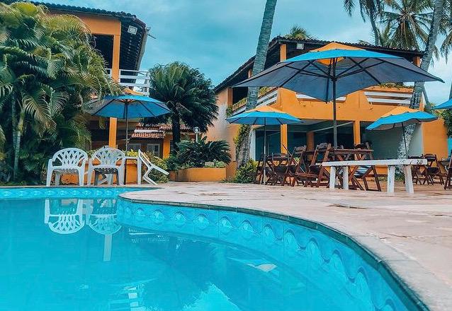 O Destino perfeito na praia de Mundaú!! 2 diárias para 2 adultos + café da manhã de R$400 por apenas R$349 na Pousada sombra dos coqueiros