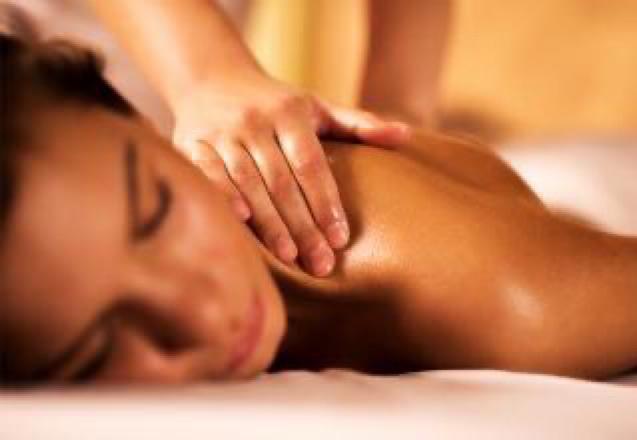 1 sessão (escolha entre 1 e 8 tipo de massagens) Massagem Relaxante, c/ Pedras Quentes ou Ventosas, Sueca, Desportiva, Redutora, Shiatsu ou Drenagem de R$110 por apenas R$76