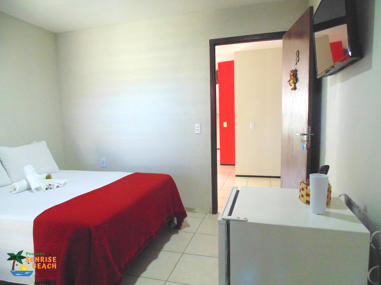 1 diária para 2 adultos e criança até 05 anos no quarto térreo + café da manhã (domingo a quinta) de R$200 por apenas R$140