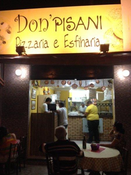 A parada para saborear as melhores da Cidade!! Combo de 6 esfihas de qualquer sabor (sendo 4 salgadas + 2 doces) + 01 guaraná de 01 litro de R$29,90 por apenas R$24,90 na Don Pisani Pizzas e Esfihas