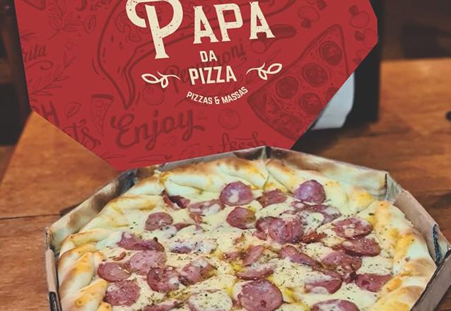Pizza é tudo de bom! Aproveita essa: 1 Pizza Salgada Grande de R$28 por apenas R$22,90! (Empresa do grupo Ordones)