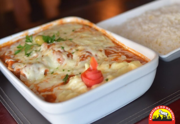 Aproveite os melhores pratos no Carneiro do Ordones Jovita! Filé de carne a parmegiana, Filé de peixe a parmegiana ou Peixe a delícia por apenas R$36,90