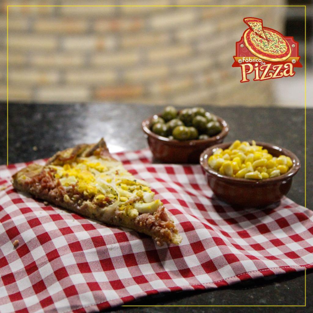Para 2 pessoas: 1 Pizza Grande + Borda recheada + Refri 1L + Entrega de R$56,40 por apenas R$47