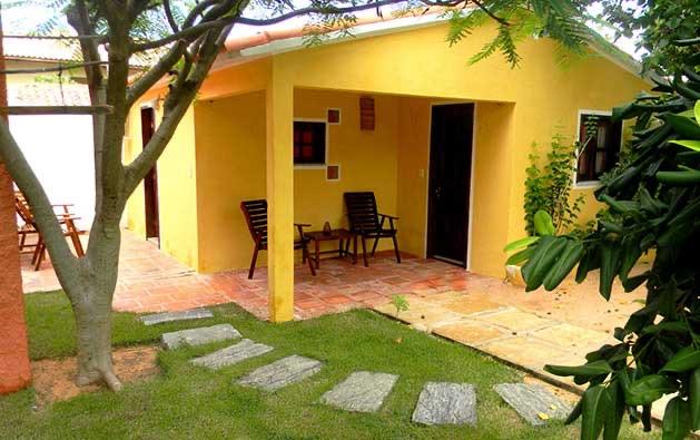 2 diárias (domingo a quarta) para 2 pessoas em Apartamento + Café da manhã por apenas R$219,90