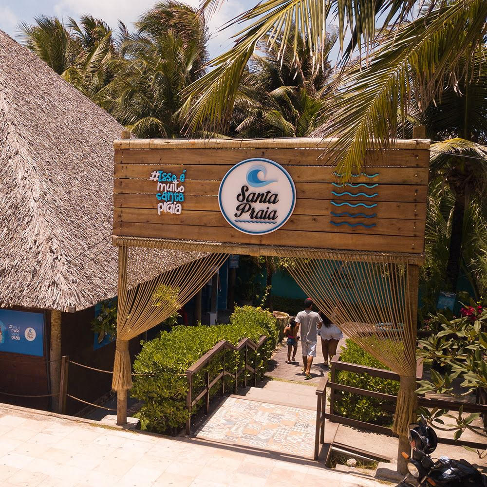 2 Pulseiras para o Santa Praia Acqua + Escondidinho de Carne de Sol (2 pessoas) de R$138,00 por apenas R$79,90