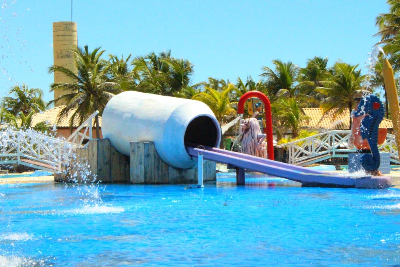 Vem curtir o Ytacaranha Park com o Barato! 1 Ingresso Adulto + 1 Criança até 6 anos para o Parque Aquático de R$120 por apenas R$39,90! #Diadocliente